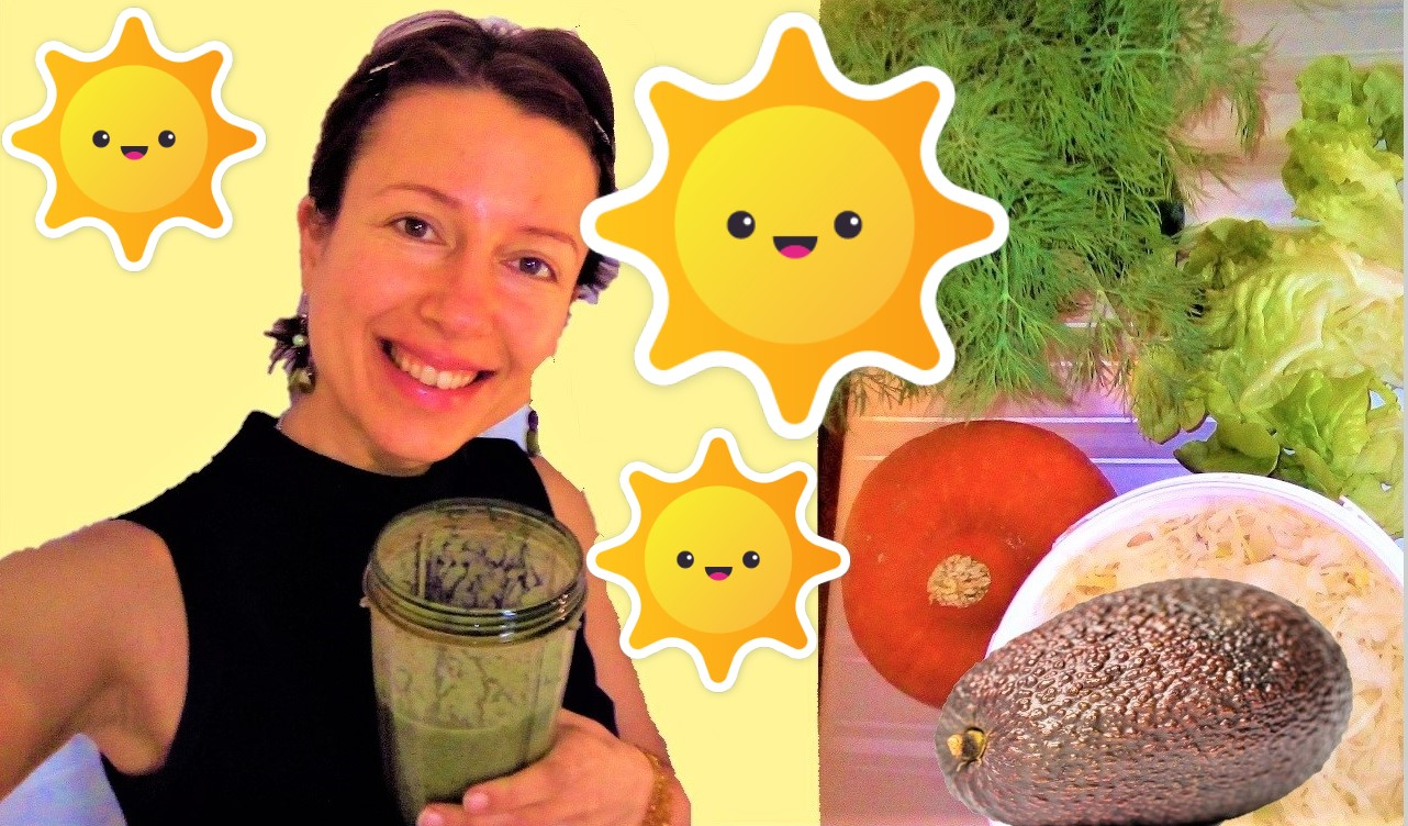 What I eat in a day as a busy #raw vegan - Claire Samuel