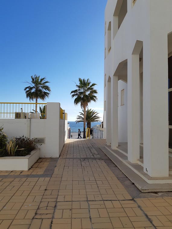 From the terrace of Girassol, you can enjoy a view on the sea!