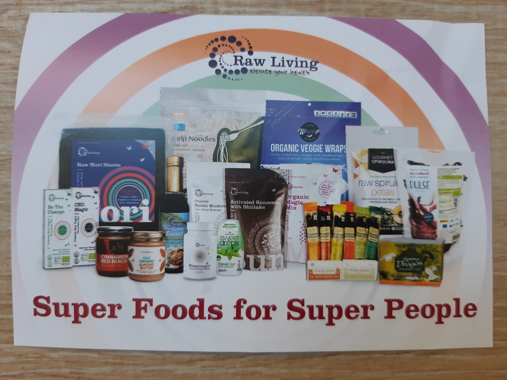 #Unboxing Raw Living number 7 or carob cacao and super foods