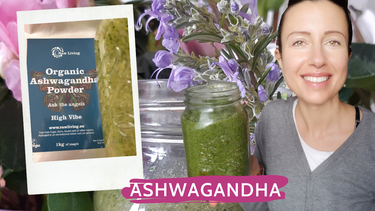 Review of Ashwagandha root powder from Raw Living or a tonic and adaptogen plant for your smoothies