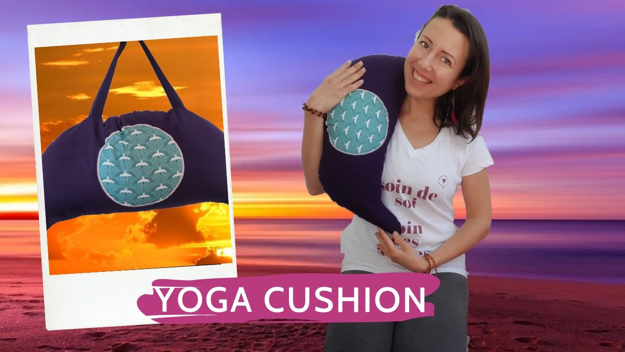Yoga cushion by Anna is handmade and with organic spelt - review  by a yoga  lover